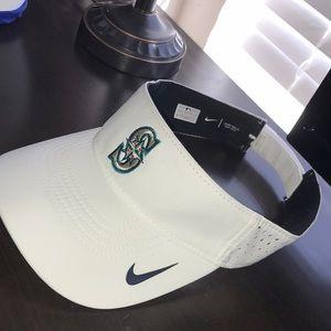 Nike Seattle Mariners Visor